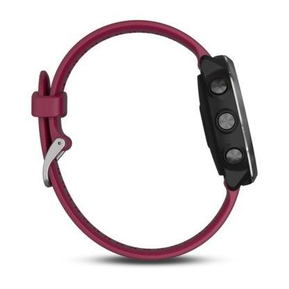 Forerunner® 645 Music z paskiem w kolorze wiśniowym